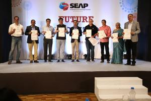 15 Dignitaries Release  Publication - Pune Nurturing the Fast emerging Tech Innovation Hub
