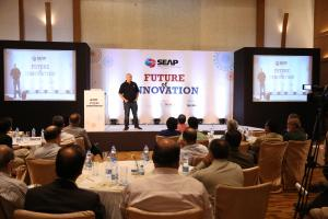 4 Anand Deshpande,Founder, Chairman and Managing Director Persistent systems,  Key Note Speaker